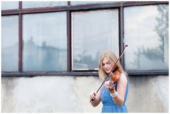 photography - sisters - love - violonist - judytamarcol fotografia (20)
