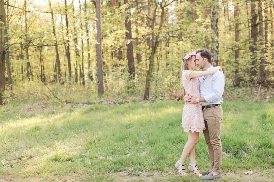 a+k - light and airy engagement photo session at forrest_0011