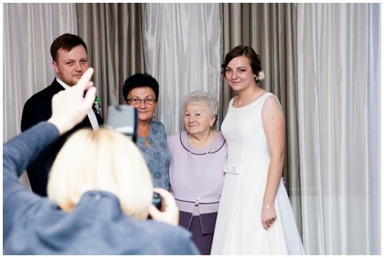 wedding photographer behind the scene (12)